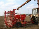 Сеялка зернотуковая С-6Т